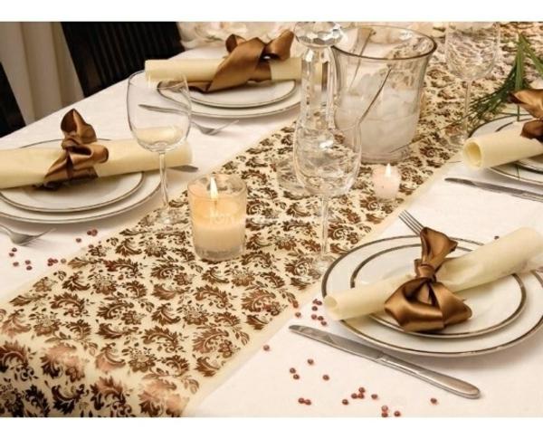 decoration de table de mariage chocolat et ivoire