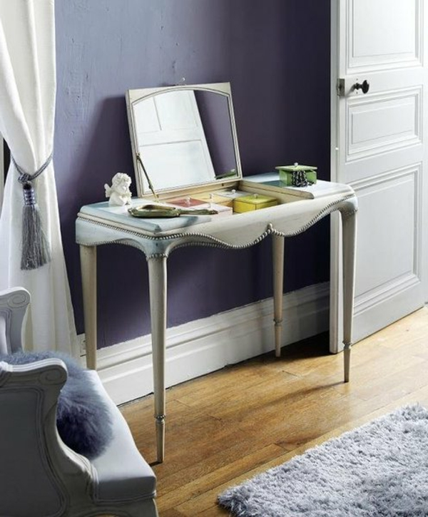 coiffeuse-josephine-baker-sous-le-miroirs-8-boitiers-colores-pour-ranger-son-necessaire-de-toilette-et-ses-secrets-resized