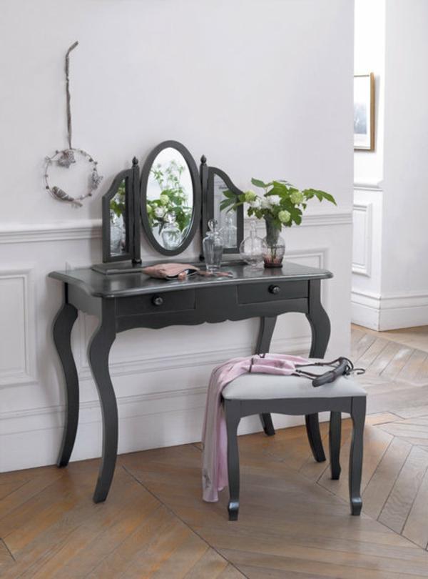 coiffeuse-soupir-pin-massif-laque-miroir-en-triptyque-resized