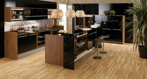 la cuisine bois et noir c 39 est le chic sobre raffin. Black Bedroom Furniture Sets. Home Design Ideas