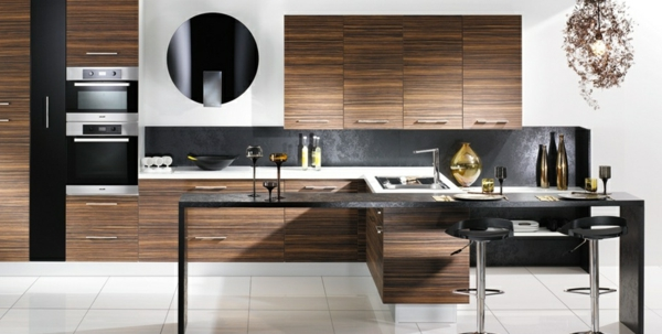 La cuisine bois et noir c 39 est le chic sobre raffin for Cuisine bois et moderne