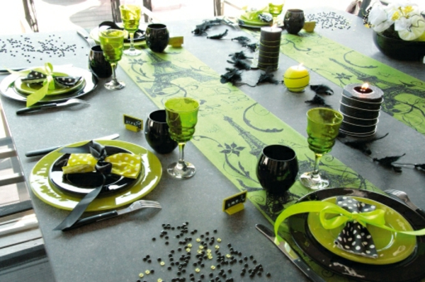 une d coration de table pour anniversaire ravir vos. Black Bedroom Furniture Sets. Home Design Ideas