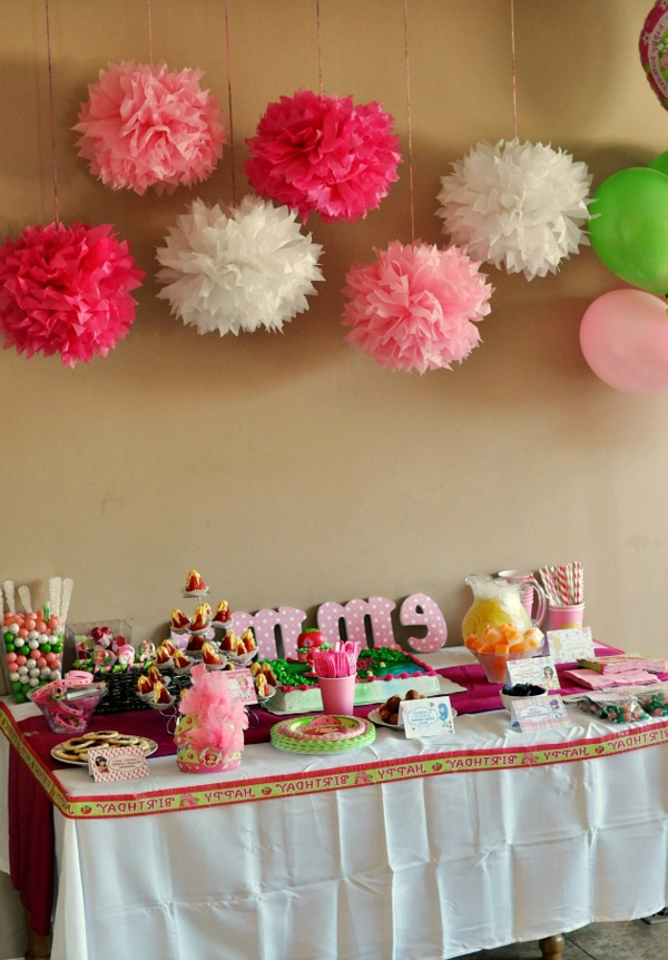 Comment faire la d coration pour f te anniversaire for Decoration 1 an fille