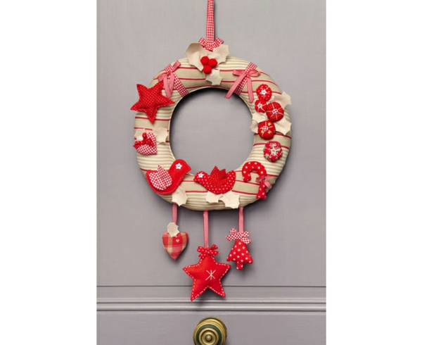 decoration-de-noel-couronne-traditionelle-resized