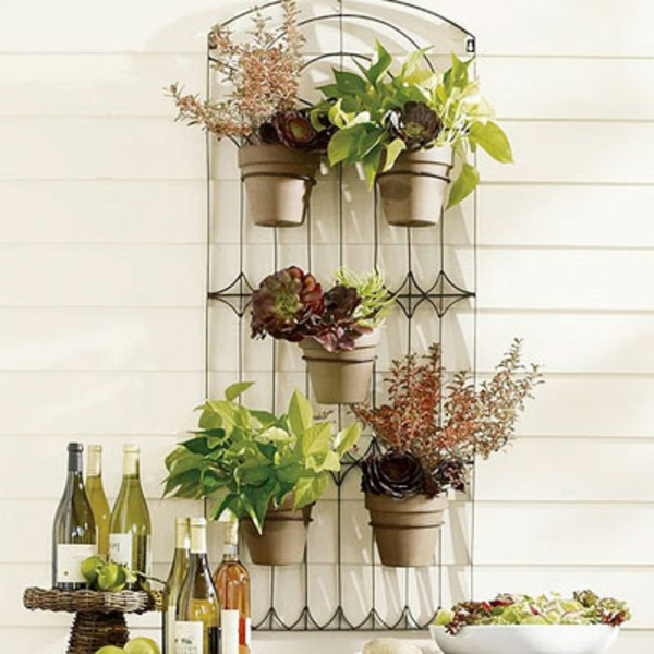 garden-accessories-metalhanger-resized