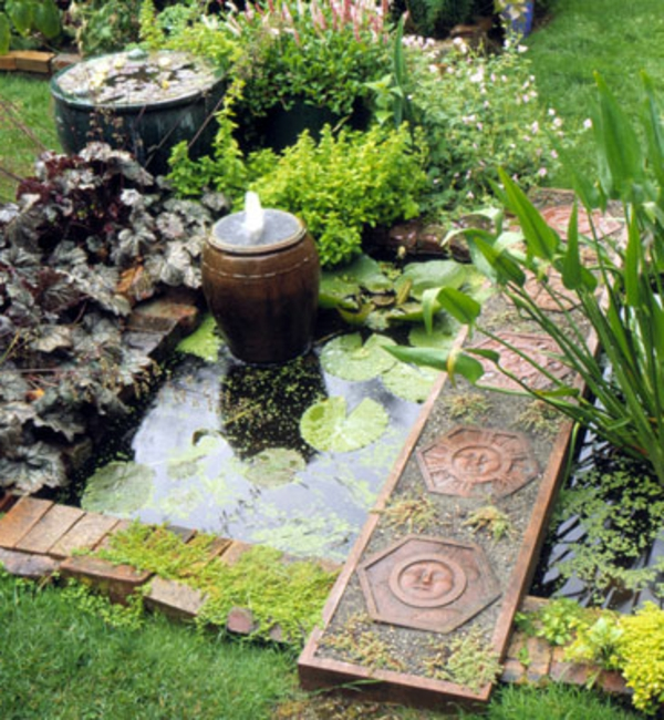 garden-decorations-with-pond-and-fountain-resized