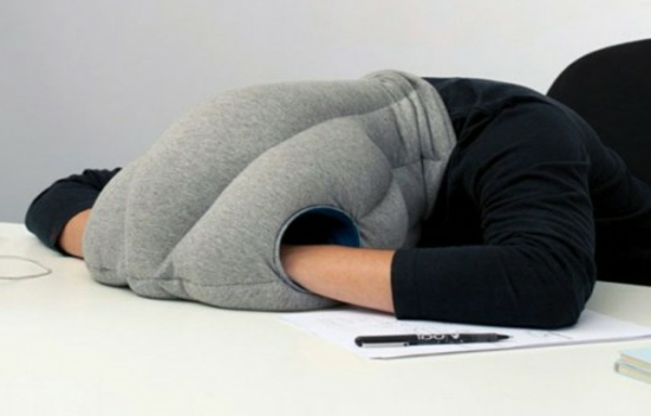 des cadeaux humoristiques pour chaque f te. Black Bedroom Furniture Sets. Home Design Ideas
