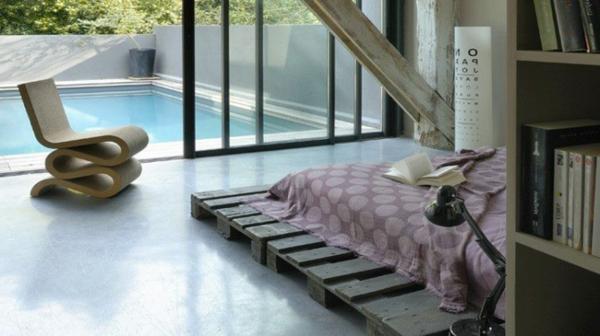 idee-deco-chambre-esprit-recup-tete-de-lit-et-chevet-palette-bois-750x421-resized