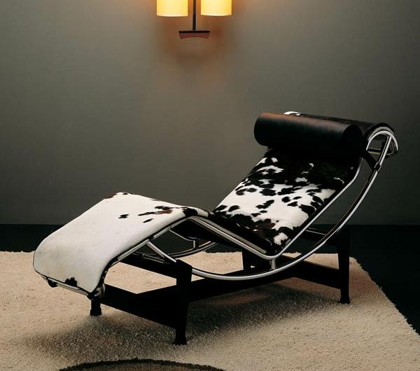 le-corbusier-chaise-longue-cuir-de