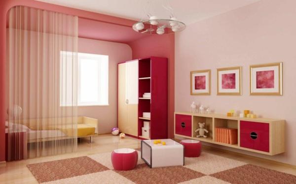 lit-d'enfant-avec-tiroirs-dortoir-avec-des-rideaux-transparents