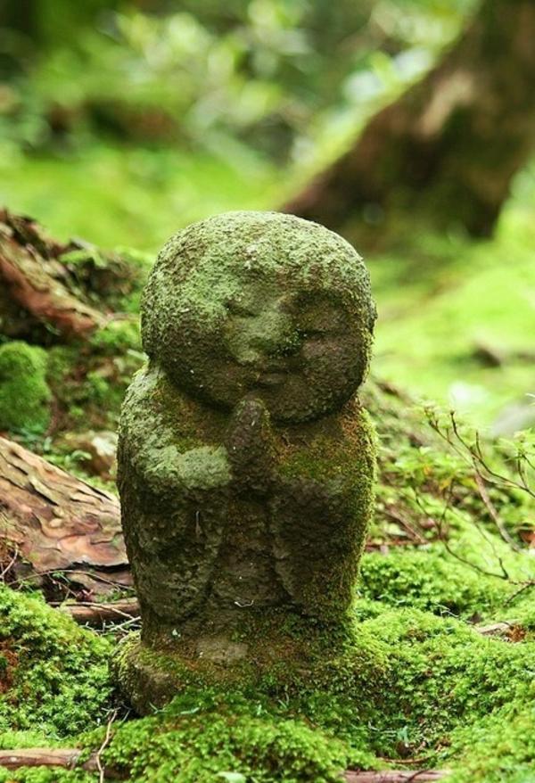 moss-buddha-sculpture-garden-decorations-resized