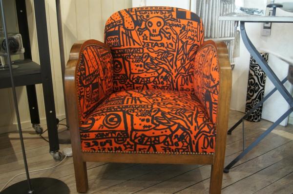 orange-fauteuil-dessin-animé