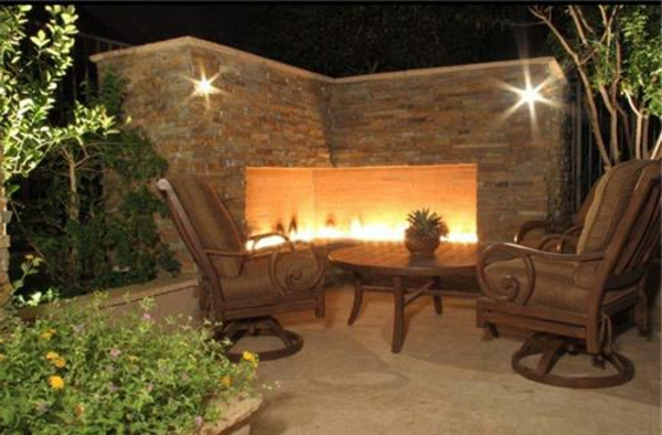 outdoor-corner-fireplace-unique-landscapes-by-griffin_2042-resized