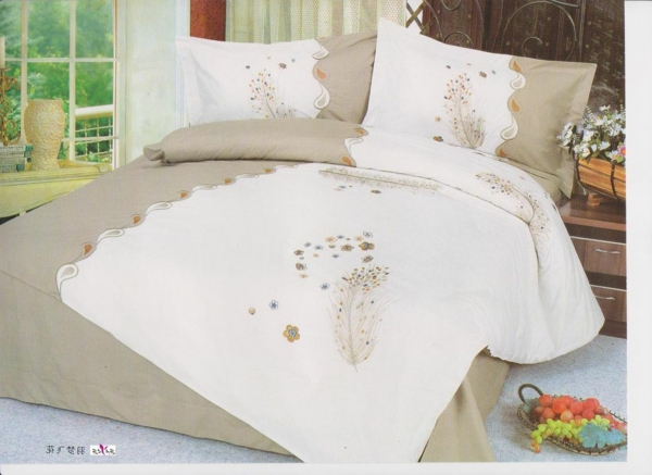 pl463147-full_size_complete_custom_white_floral_designer_embroidered_bed_linen-resized