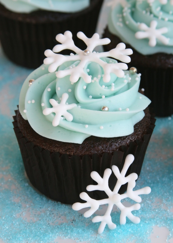 pretty-cupcake-decorating-ideas-resized