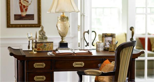 ranger-votre-bureau-élégant-meubles-chaise-du-bois