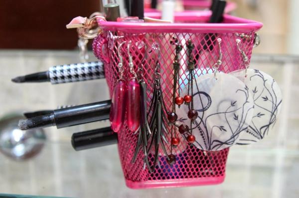 rose-boîtes-pour-des-bijoux-et-maquillage