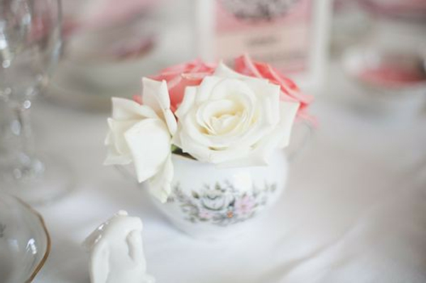 roses-design-arrangement-tasse