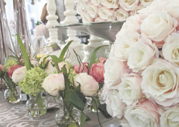 roses-pivoines-decoration-centre-table-mariage-deco-salle-resized