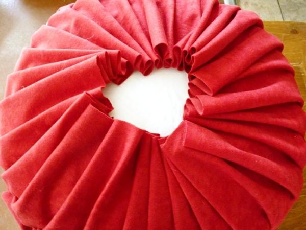 rouge-couer-tissu