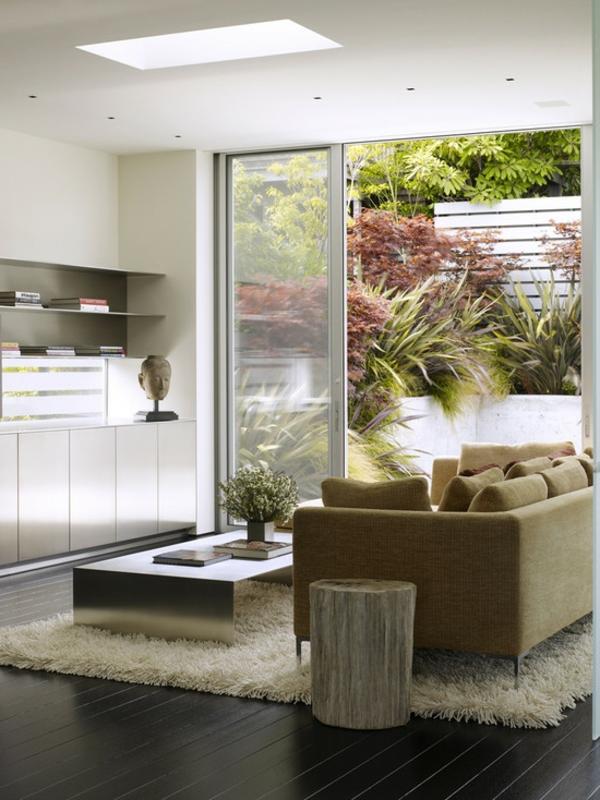tapis-poil-long-salon-beige-jardin-resized