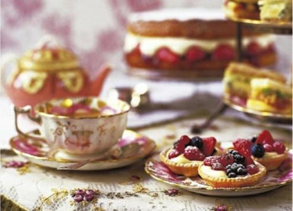 tasse-à-thé- anglaise-porcelaine