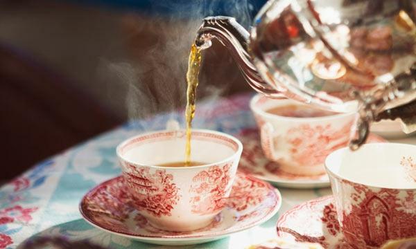 tasse-à-thé- anglaise-verre-cuisine