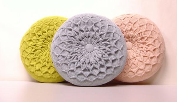 tricoté-coussins-ronds-pastels