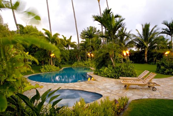tropical_garden_landscaping_ideas-