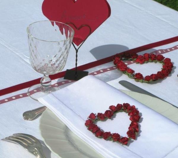 3-couronnes-coeur-de-roses-rouge-2144-resized