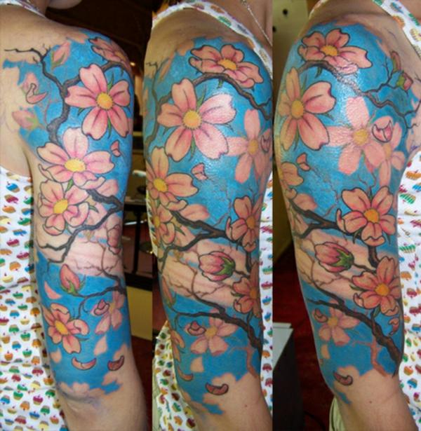 Cerisier Bois Mort : Doux ligne pour une magnifique tattoo de cerisier japonais