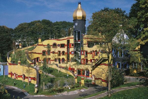 The-Hundertwasser-house-in-Grugapark-Essen-North-Rhine-Westphalia