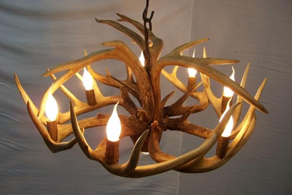 un lustre rustique pour plus d 39 authenticit et de chaleur dans la maison. Black Bedroom Furniture Sets. Home Design Ideas