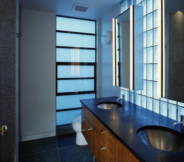 armoire-de-salle-de-bain-avec-miroir-et-luminage-encastré