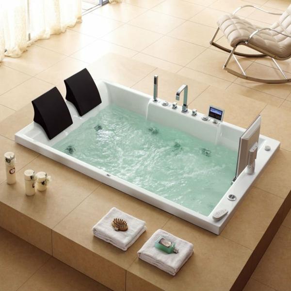 baignoire-encastrable-dans-un-intérieur-beige