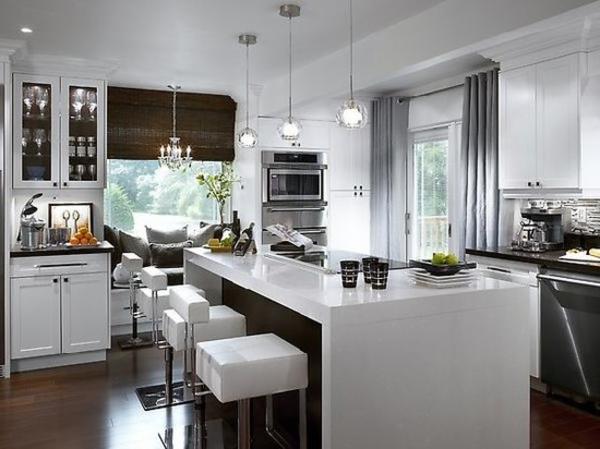 Un bar plan de travail des id es pour l 39 utilisation efficace de l 39 espace dans la cuisine for Plan bar cuisine