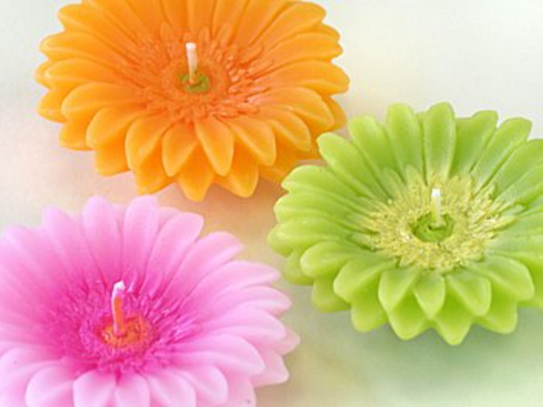 bougie-fleur-couleurs-differentes