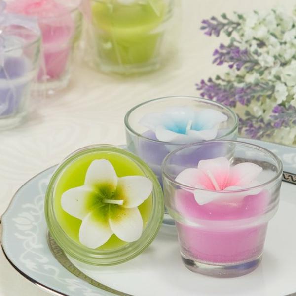 bougie-fleur-en-pots-et-cire-couleurs-vives