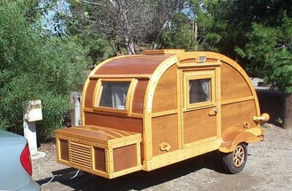camping-car-insolite-bois-2