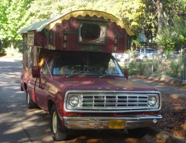 camping-car-insolite-maison-gitanes