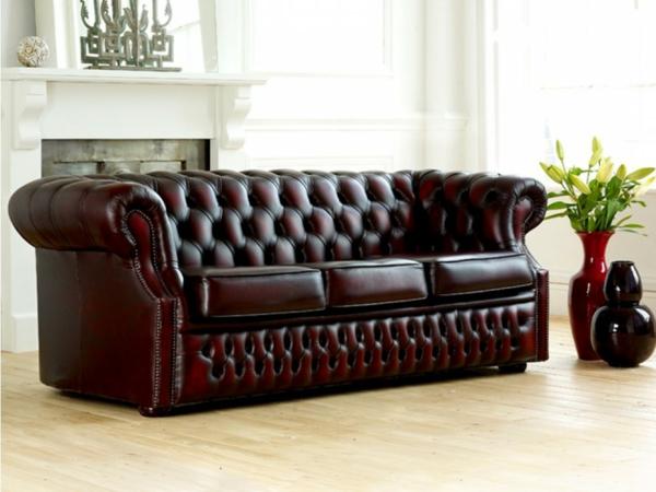 Le canap cuir vintage le chic et le fabuleux confort qui ont travers le t - Salon marocain capitonne cuir ...
