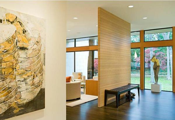 Les cloisons en bois attribuent une beaut accueillante de for Cloison interieure bois