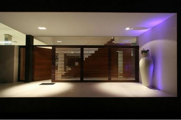 cloisons-en-bois-pour-un-grand-espace-moderne