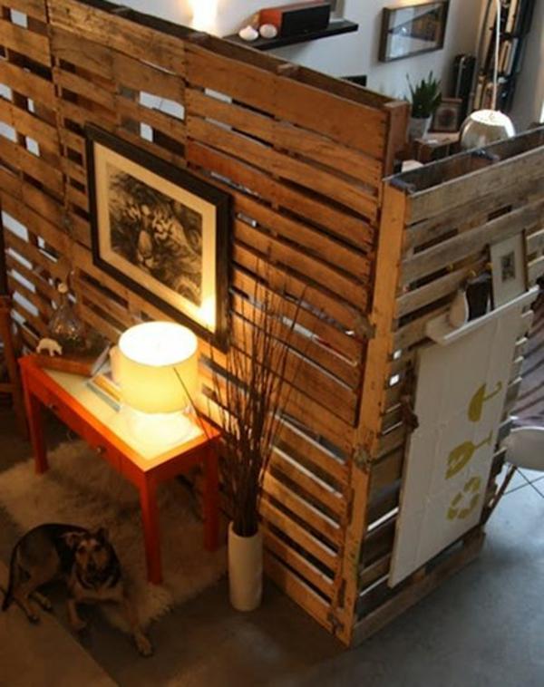 cloisons-en-bois-très-originelle-pour-diviser-de-petites-espaces