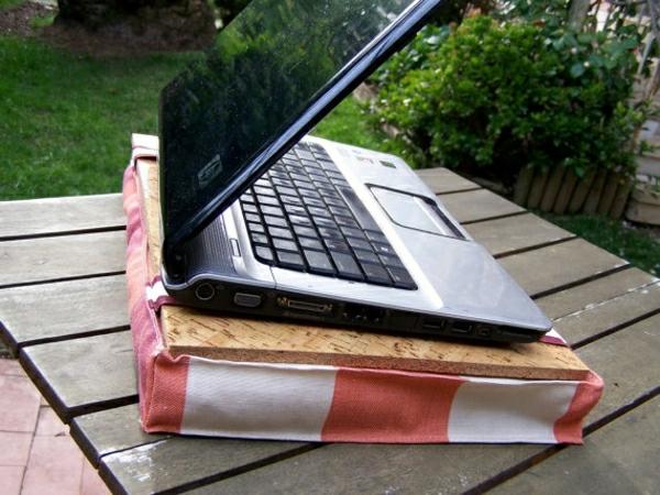 coussin-ordinateur-portable-liege