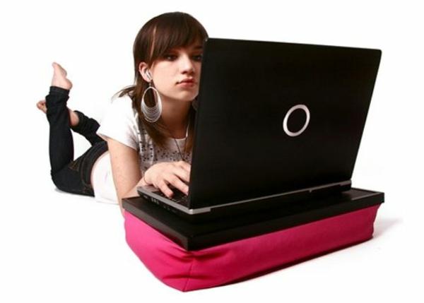 coussin-ordinateur-portable-rose