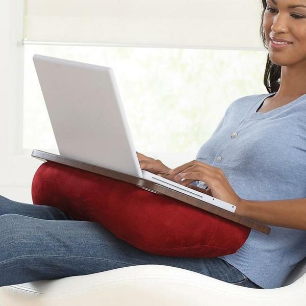 coussin-ordinateur-portable-rouge