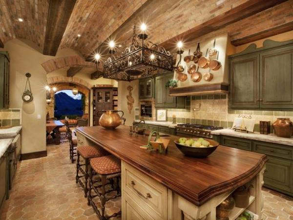 cuisines-rustiques-lumieres-plafond