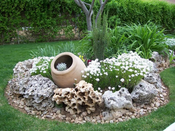 D co jardin rocaille for Decorer son jardin pas cher