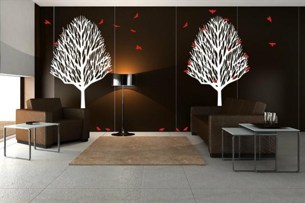 une chambre avec une décoration murale de deux arbres blancs ...